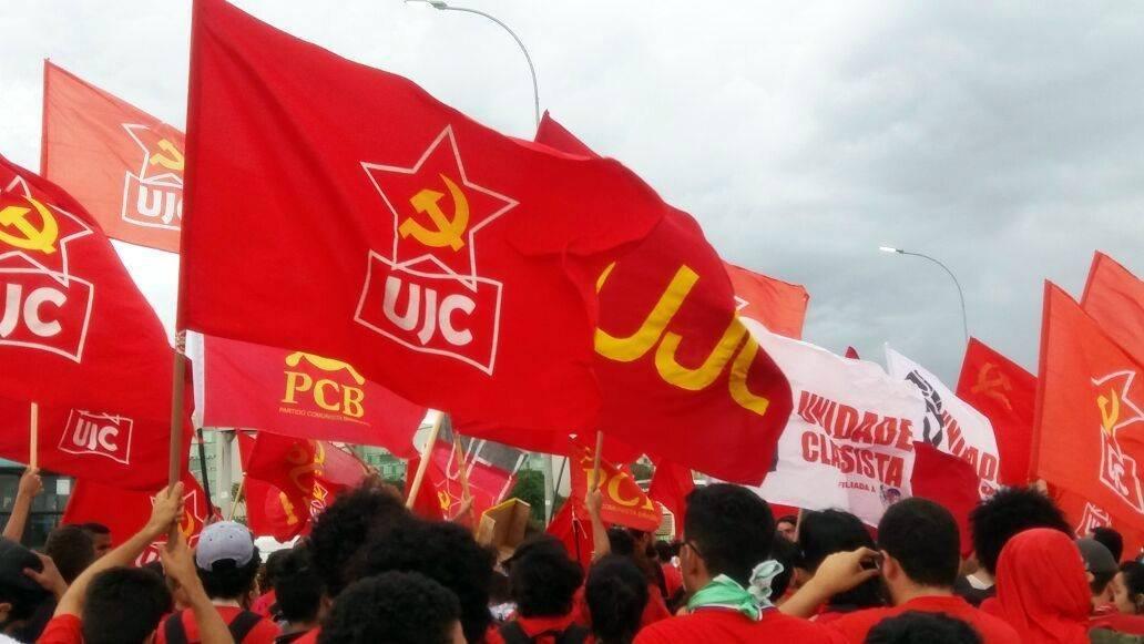 Massificar e Organizar as Lutas são as Únicas  Formas de Resistir aos Ataques Contra a Juventude e a Classe Trabalhadora!