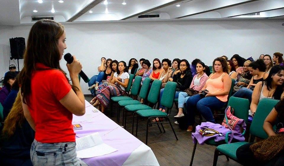 UJC faz saudação no I Encontro Nacional do Coletivo Feminista Classista Ana Montenegro