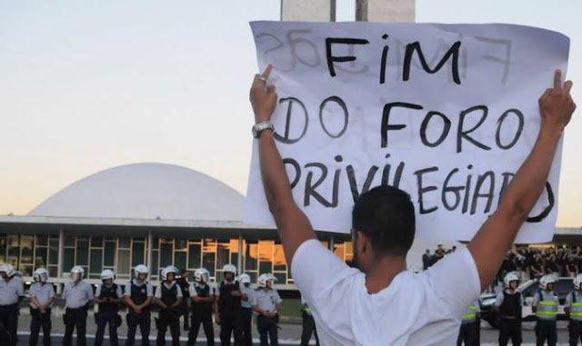 Sobre o foro privilegiado, o populismo penal e as tarefas da esquerda